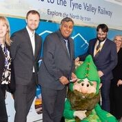 Alex Bray (Cross Country) Kul Bassin(DfT) Dr /gareth Evans (Intu & TVCRP) with Herbert the Metrognome